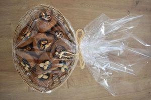 medovniky certekova - medovnikove kosiky - velky ovalny kosik spald medovnikov so slivkovym lekvarom vlasskymi orechmi a mandlami 3